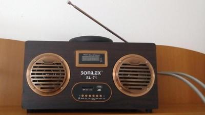Pove?ti de la radio, cu Andy Popiano? (XIX): S?rb?torim orice secund? ...