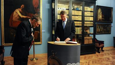 FOTO / VIDEO: Pre?edintele Iohannis a deschis oficial bicentenarul Muzeului Brukenthal