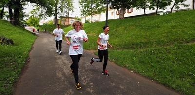 Dr. Livia Ognean şi Oana Jurj, unul dintre cei mai susţinuţi alergători pentru proiect  © Razvan NEGRU