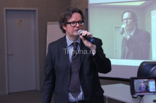 Patrick L. Young: Sibex are nevoie de o schimbare radicală de management