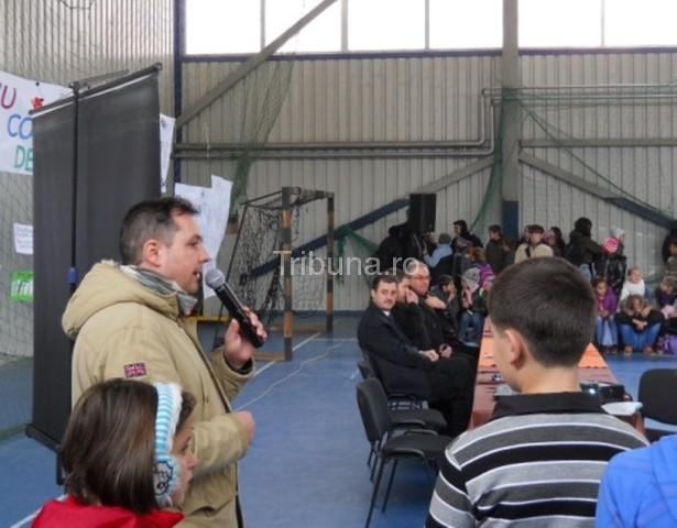 Activităţi de prevenire antidrog la Academia Forţelor Terestre şi la Avrig