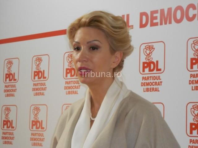 """Raluca Turcan despre căsătoriile gay: """"Căsătoria este între  femeie şi bărbat"""""""