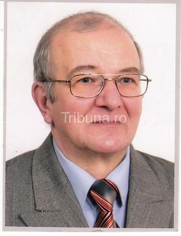 Mai întâi s-a prăpădit Mircea Oprişiu, apoi <b>Petru Ovidiu</b> Dumbrăveanu, <b>...</b> - 2013_09_11_0_2_coman-cretu_28481