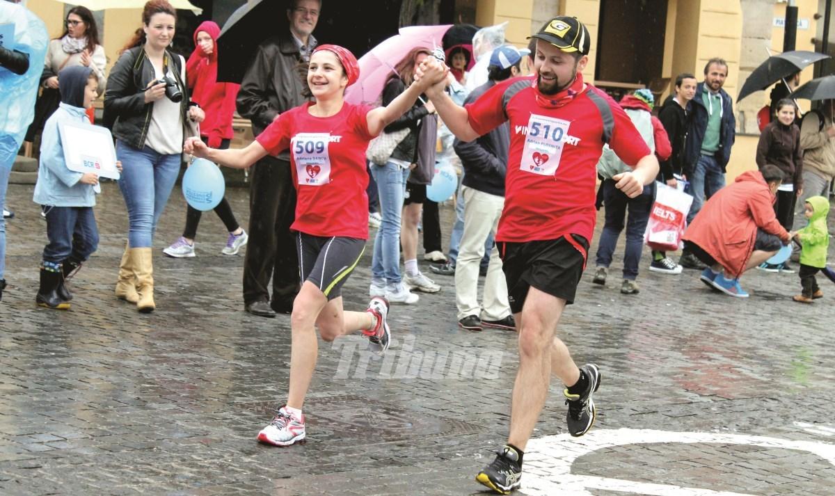 Carmen Iohannis aleargă la Semimaraton, alături de alte 2.600 de persoane