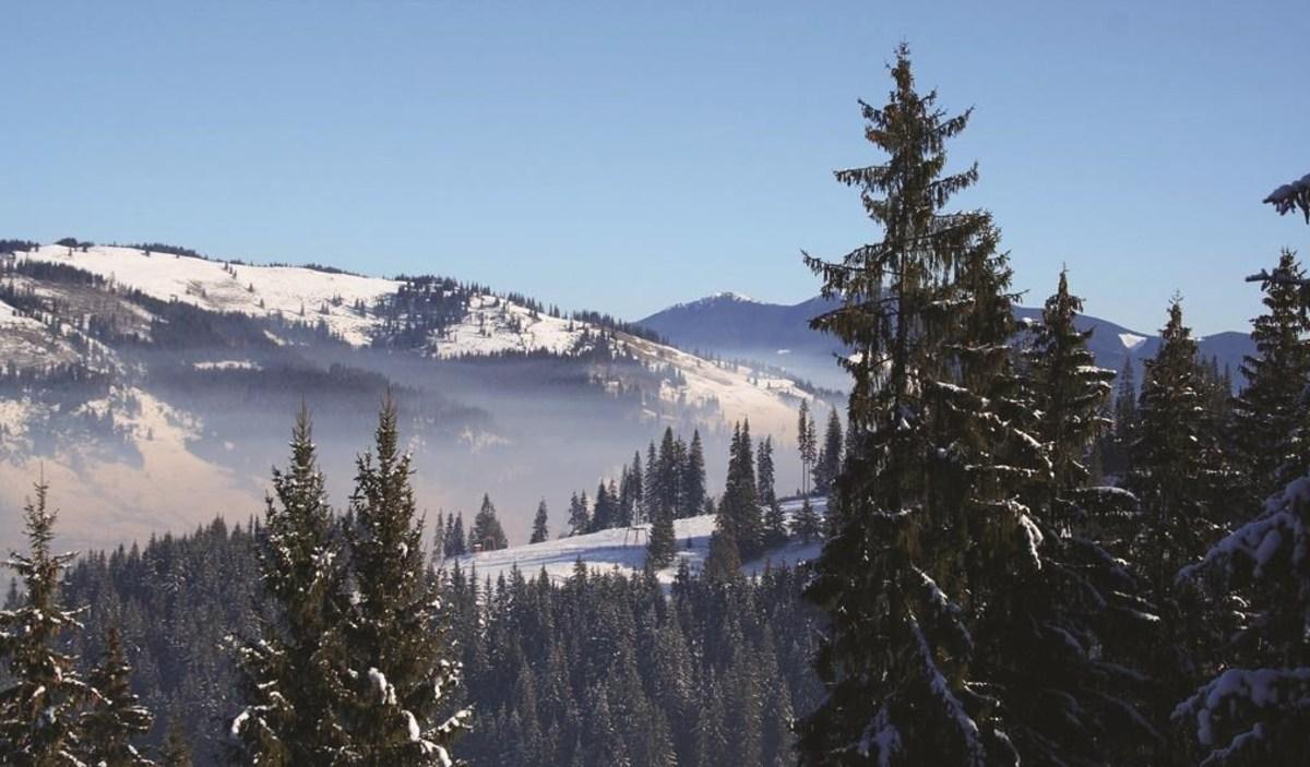 Vacanţă de iarnă acasă la Moş Crăciun, în Vatra Dornei ori la Păltiniş?