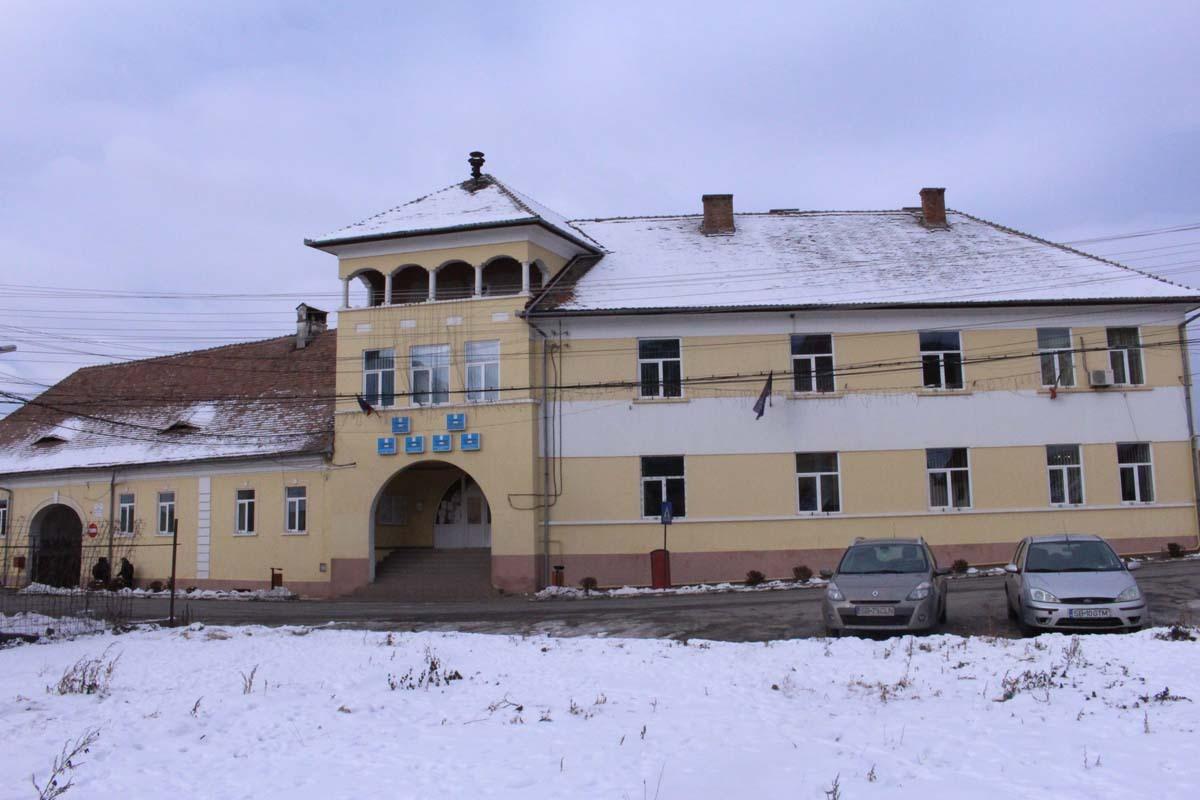 De luni, se pot achita impozitele şi taxele locale, la Tălmaciu