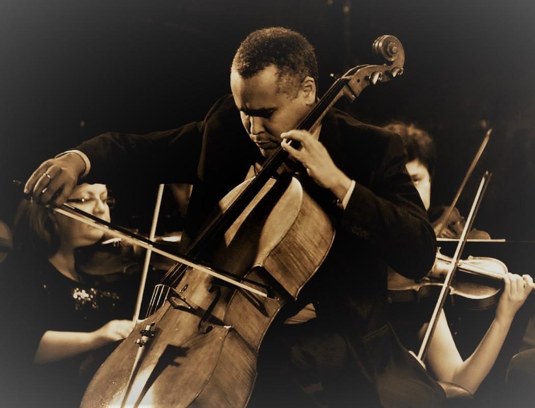Patru soliști ai Filarmonicii Sibiu susțin un concert simfonic, la Sala Thalia