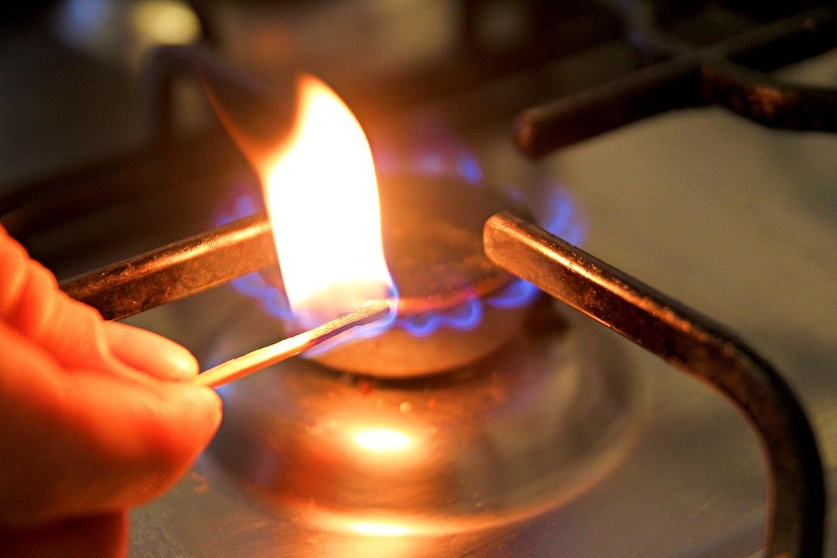 Energia electrică nu se va scumpi în iulie, dar preţul gazelor va creşte uşor de la 1 aprilie