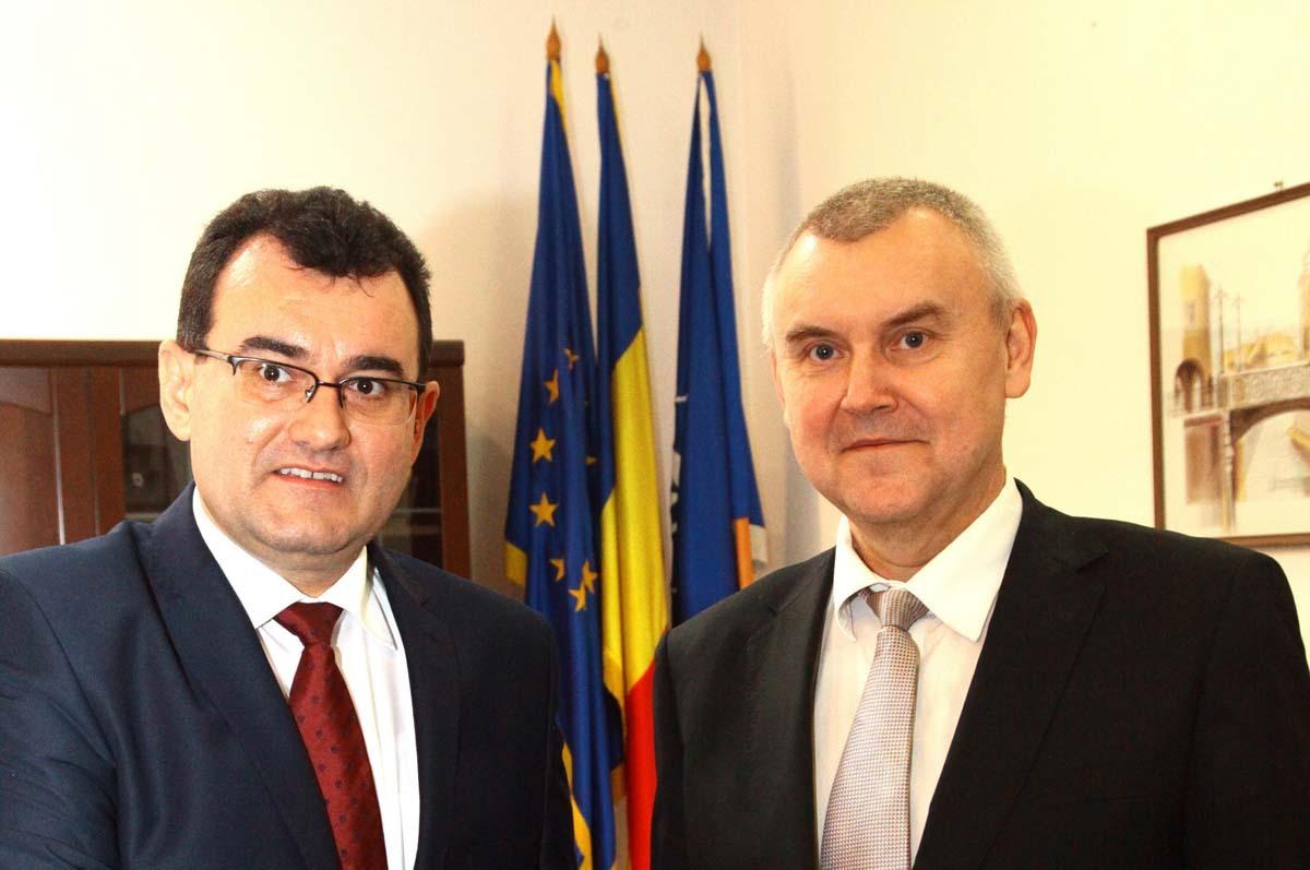 Prefectul Lucian Radu s-a întâlnit cu Ambasadorul Republicii Belarus