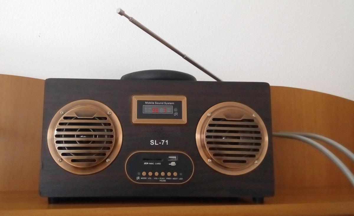 Poveşti de la radio, cu Andy Popianoş (XXII): Radio Cinemar Sibiu, 67.85 Mhz