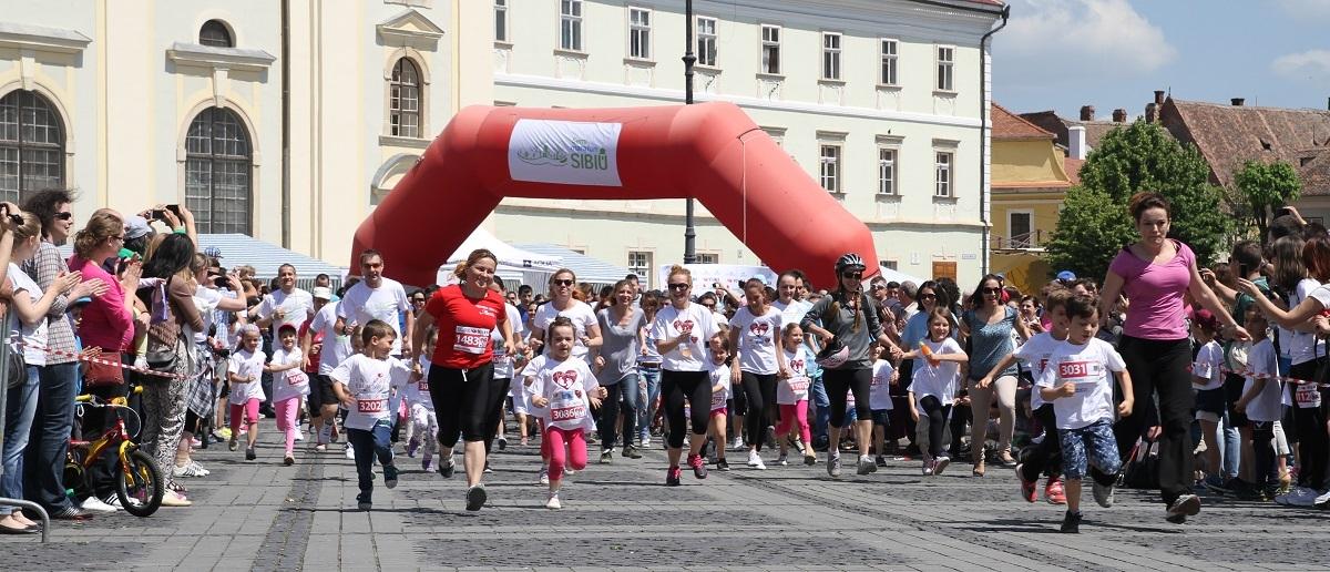 Pentru ce alergăm la Maraton 2017: peste 70.000 de euro pentru copii, apă curată, câini, berze, mocăniţă sau păduri