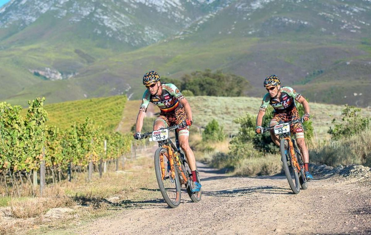 """Avrigeanul Tudy Oprea, după participarea la """"Absa Cape Epic"""": """"Peste 30 de ore de pedalat în condiţii extrem de dificile"""""""