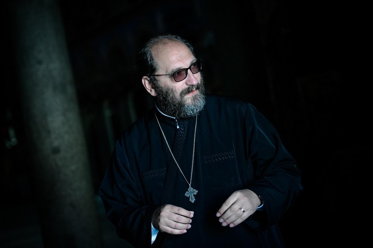 Altfel despre Părintele Arsenie Boca, în convorbiri realizate de Marius Vasileanu: