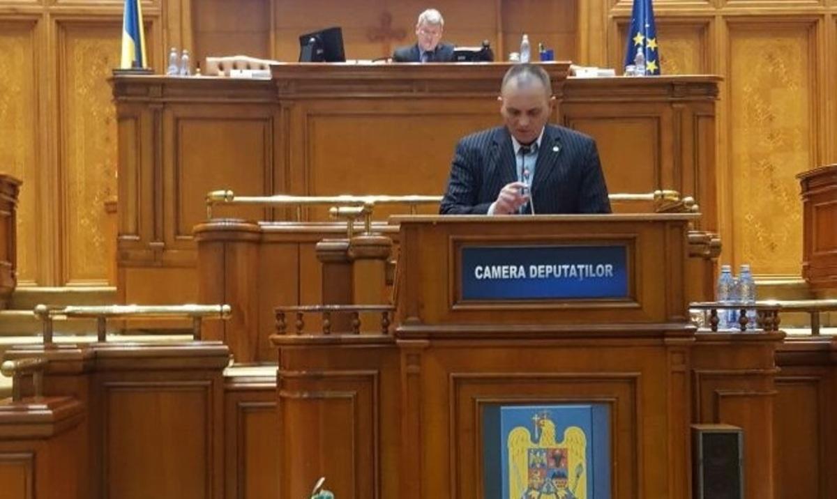 Deputatul Nicolae Neagu îi cere ministrul Sevil Shhaideh bugetarea locuinţelor ANL din Mediaş