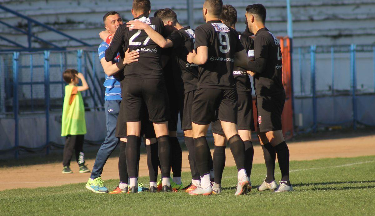 "FC Hermannstadt - CS Iernut 9-0. ""Măcel"" pe ""Municipal"""