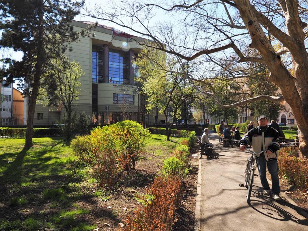 Biblioteca ASTRA informează: 2 mai, repere în timp