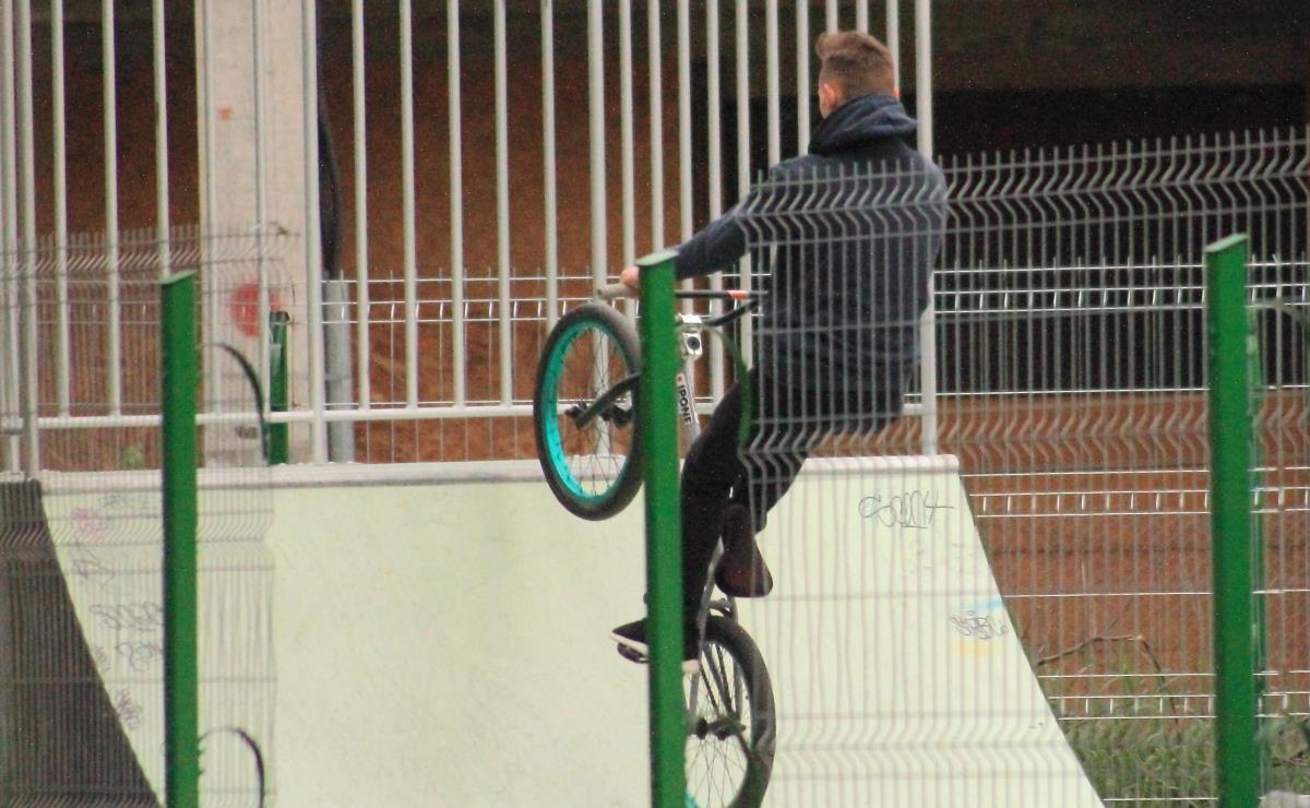 Bancul zilei, la skate-park:
