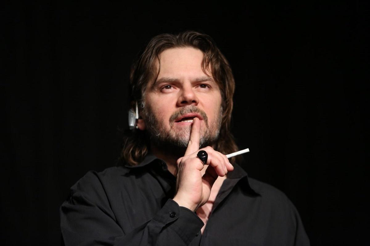 Florin Piersic Jr. interpretează 13 personaje, la Teatrul