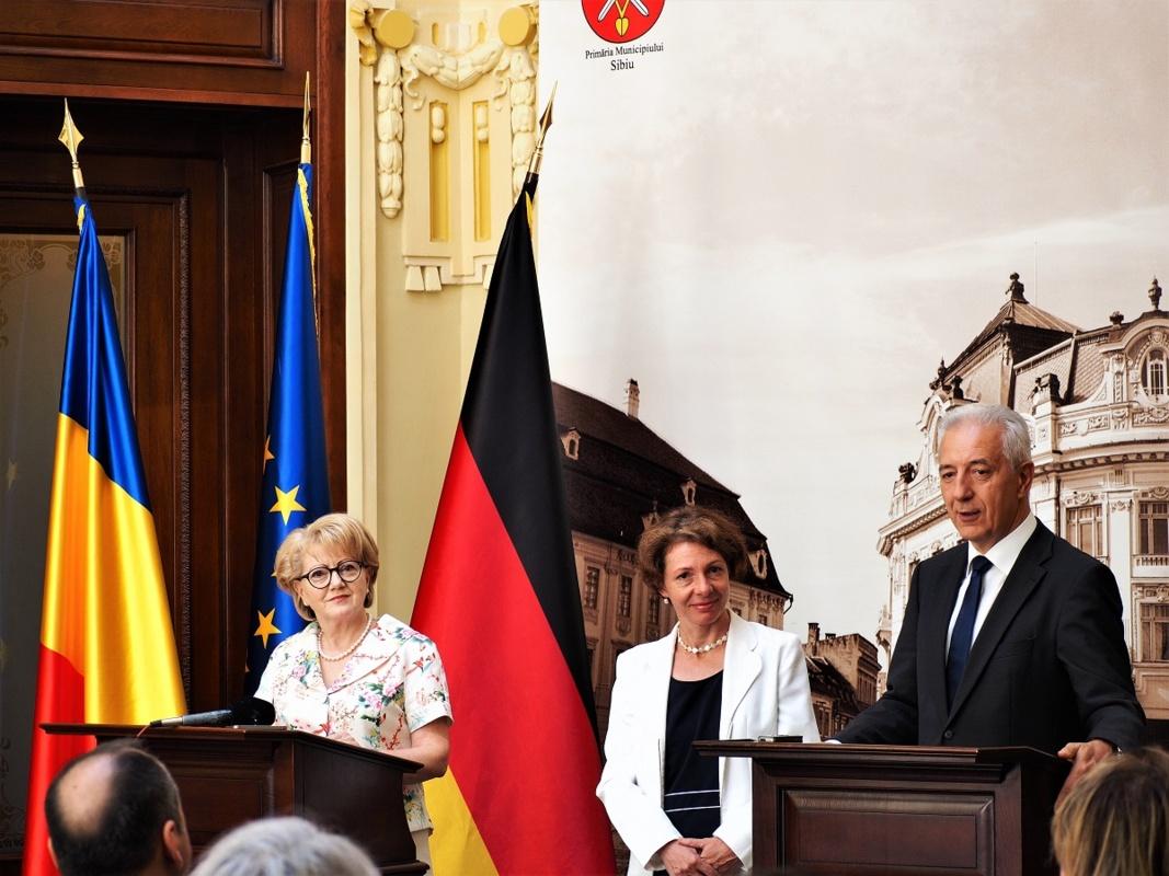 FOTO - VIDEO. Primarul Fodor către premierul Saxoniei: