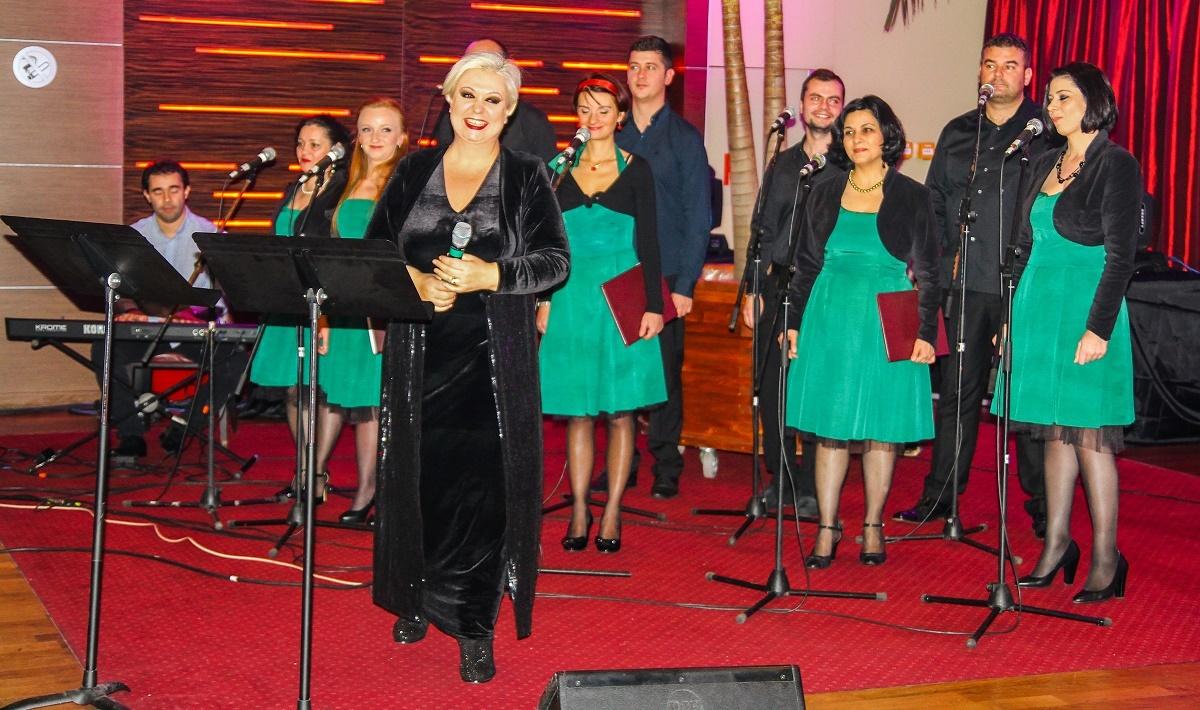 Stela Enache, Gabriel Dorobanțu și Monica Anghel, printre artiștii care vor concerta la Sibiu în iunie și iulie