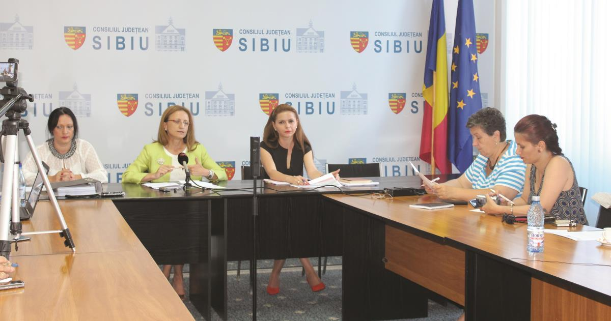 """Planul Naţional de Gestionare a Deşeurilor, """"nociv"""" pentru judeţul Sibiu"""