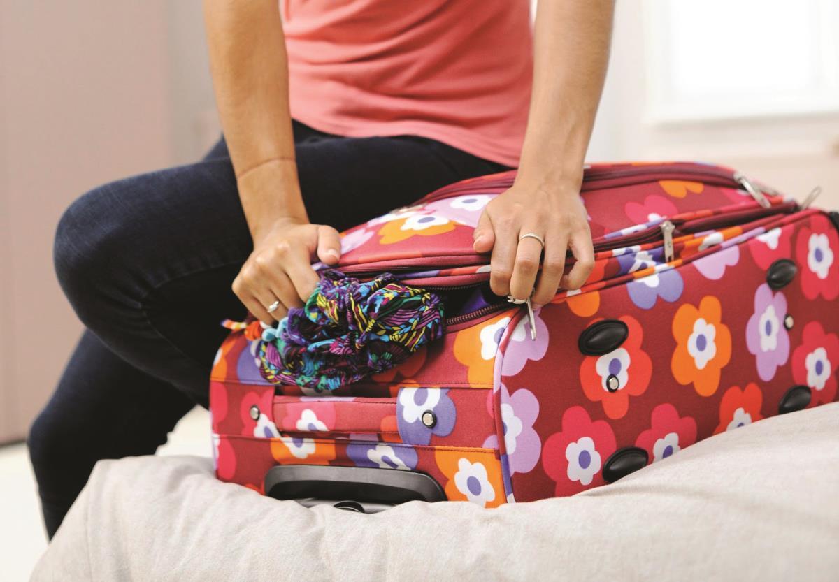 Pleci în vacanţă? Iată ce trebuie să pui în bagaj!