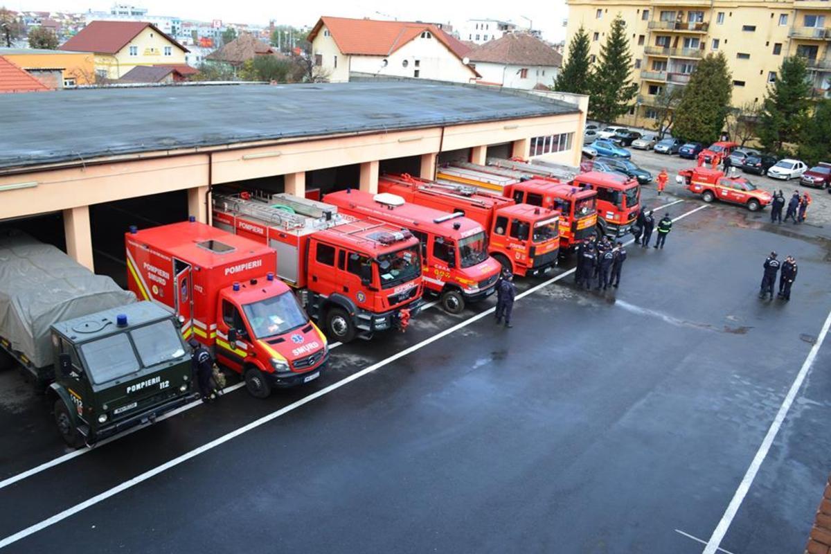 Miercuri e ziua salvatorilor. Pompierii din Sibiu organizează mai multe activităţi