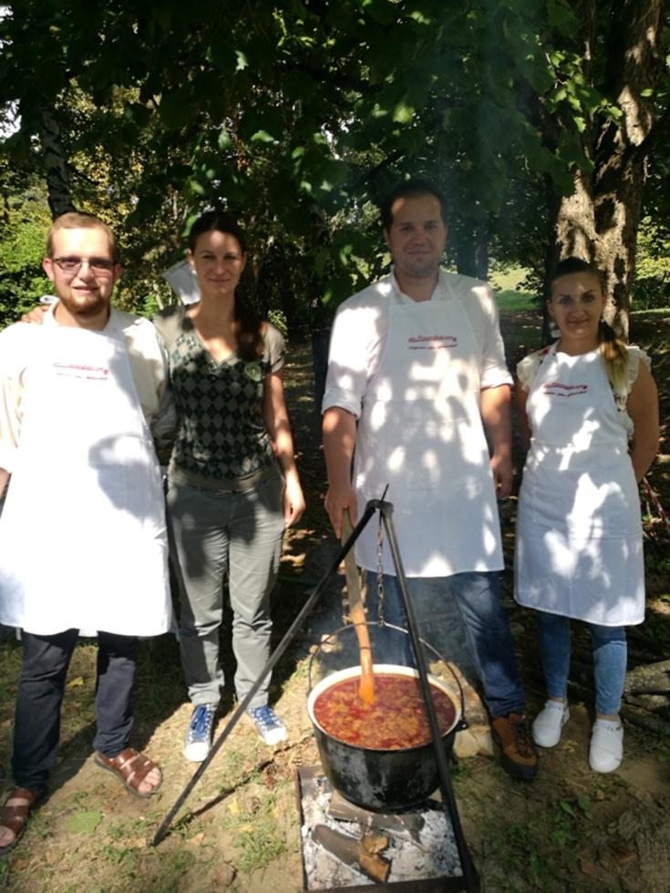 Sibienii au gătit gulyás în Ungaria