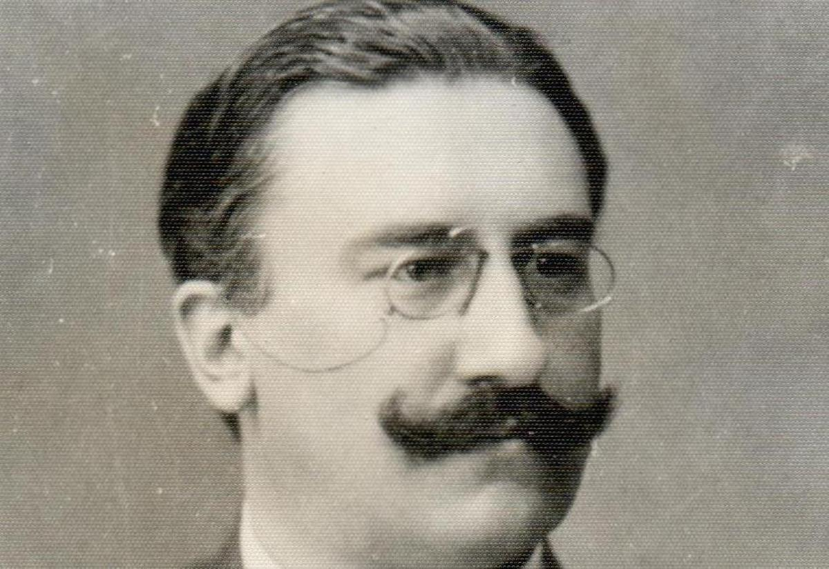 Pentru un monument al dr. Alexandru Vaida Voevod în Sibiu (parcul Astra)
