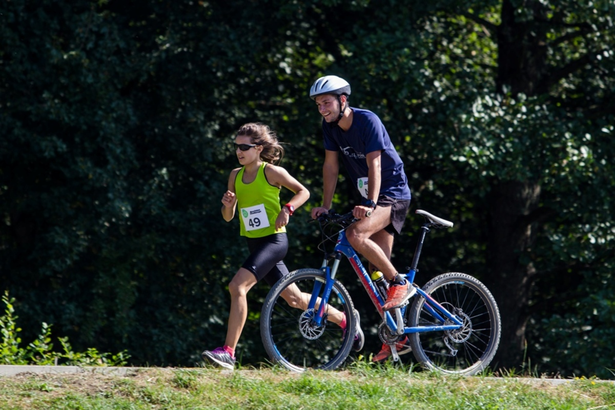 Sâmbătă, 23 septembrie:  Duathlon Challenge, între Sibiu şi Răşinari. Restricţionări de circulaţie pe DJ 106 A