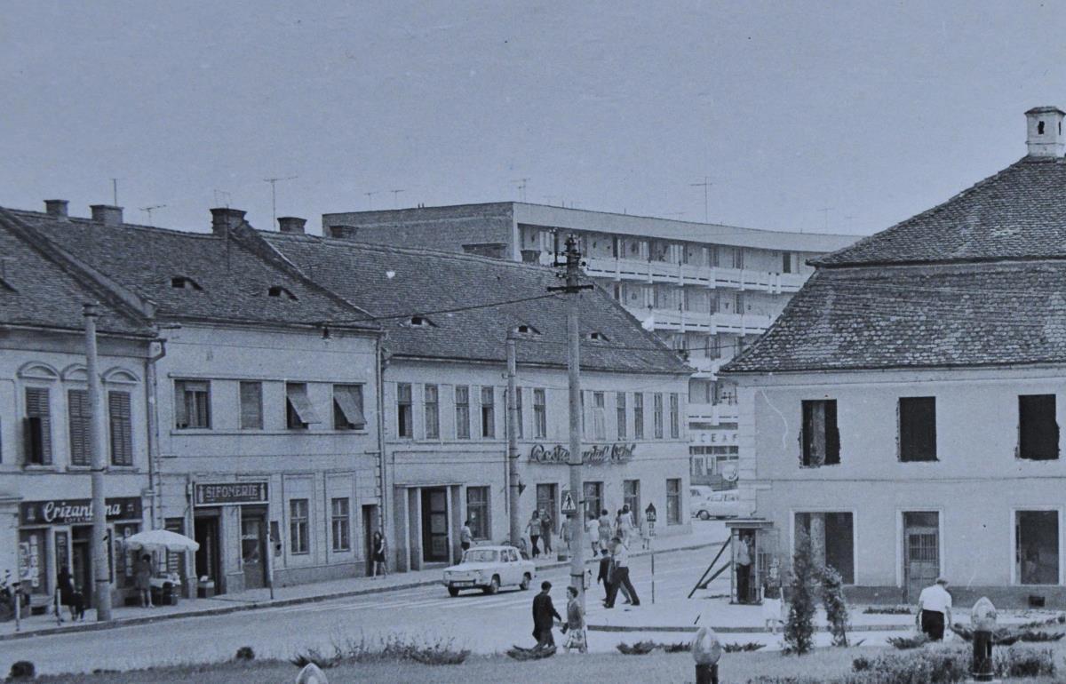 """FOTO: Pe când sibienii se """"îndulceau"""" în oraş. Alte foste cofetării din centru"""