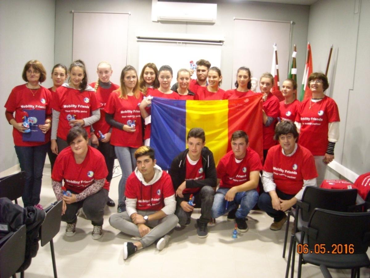 """Elevii Liceului Tehnologic """"Avram Iancu"""" din Sibiu s-au perfecționat în Spania și Portugalia, printr-un proiect de mobilitate europeană Erasmus+"""