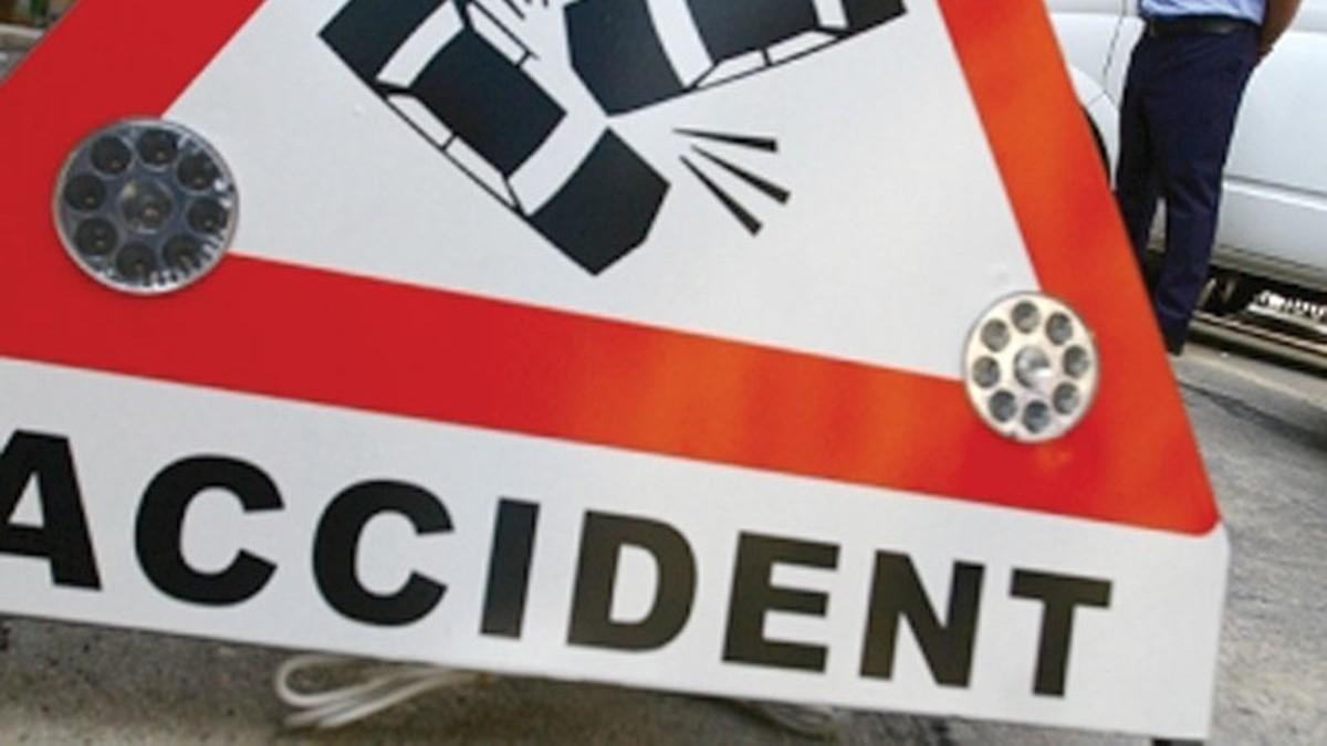 Un șofer băut a provocat un accident pe DN 14
