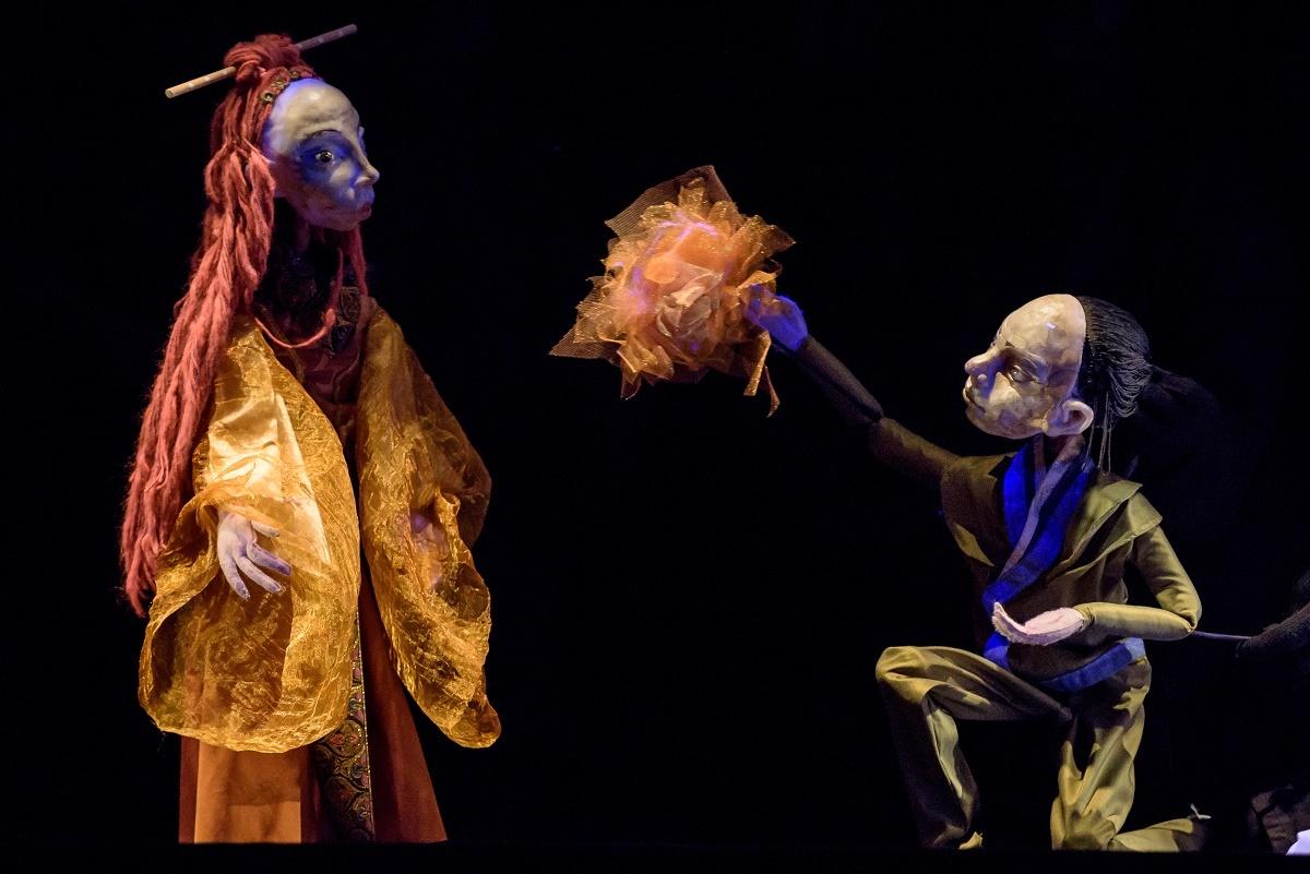 Octombrie se încheie cu povești orientale și basme românești, pe scena Teatrului