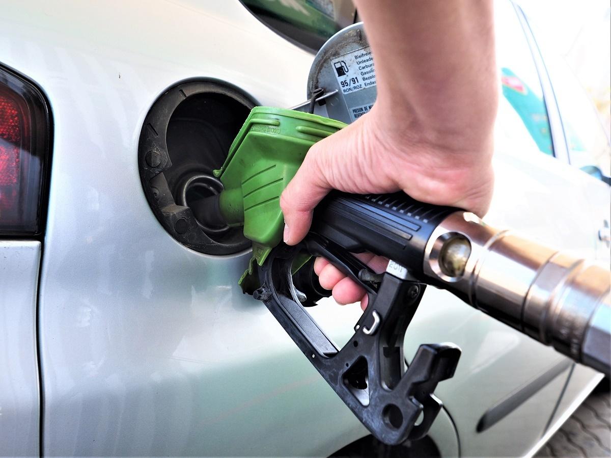 Unde găseşti cea mai ieftină benzină! Sistem de monitorizare a preţurilor la carburanţi, aprobat de Guvern