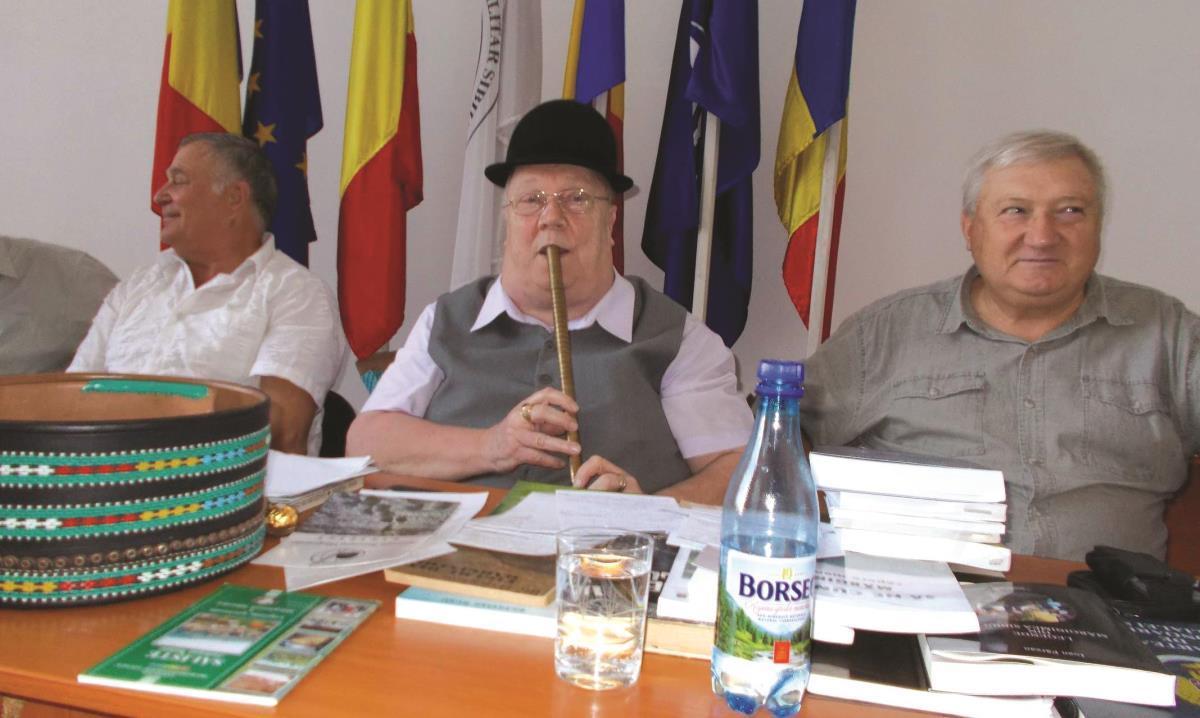 Despre mărgineni şi Mărginimea Sibiului. O poveste care a mers în sufletul seniorilor Armatei Române din Sibiu