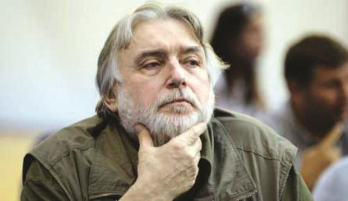Să ne reamintim de Adrian Păunescu: Omul şi Poetul