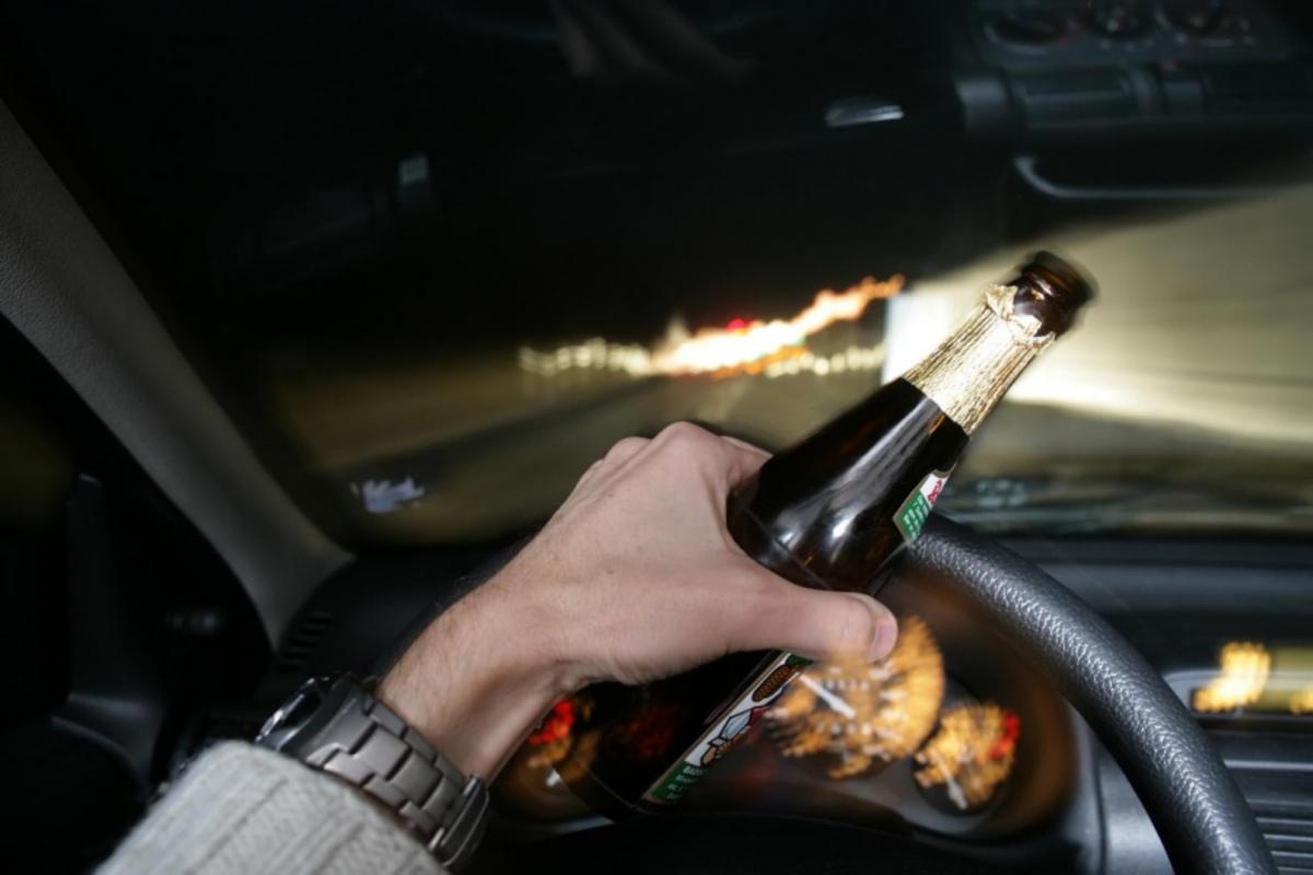 3 șoferi prinși băuți la volan