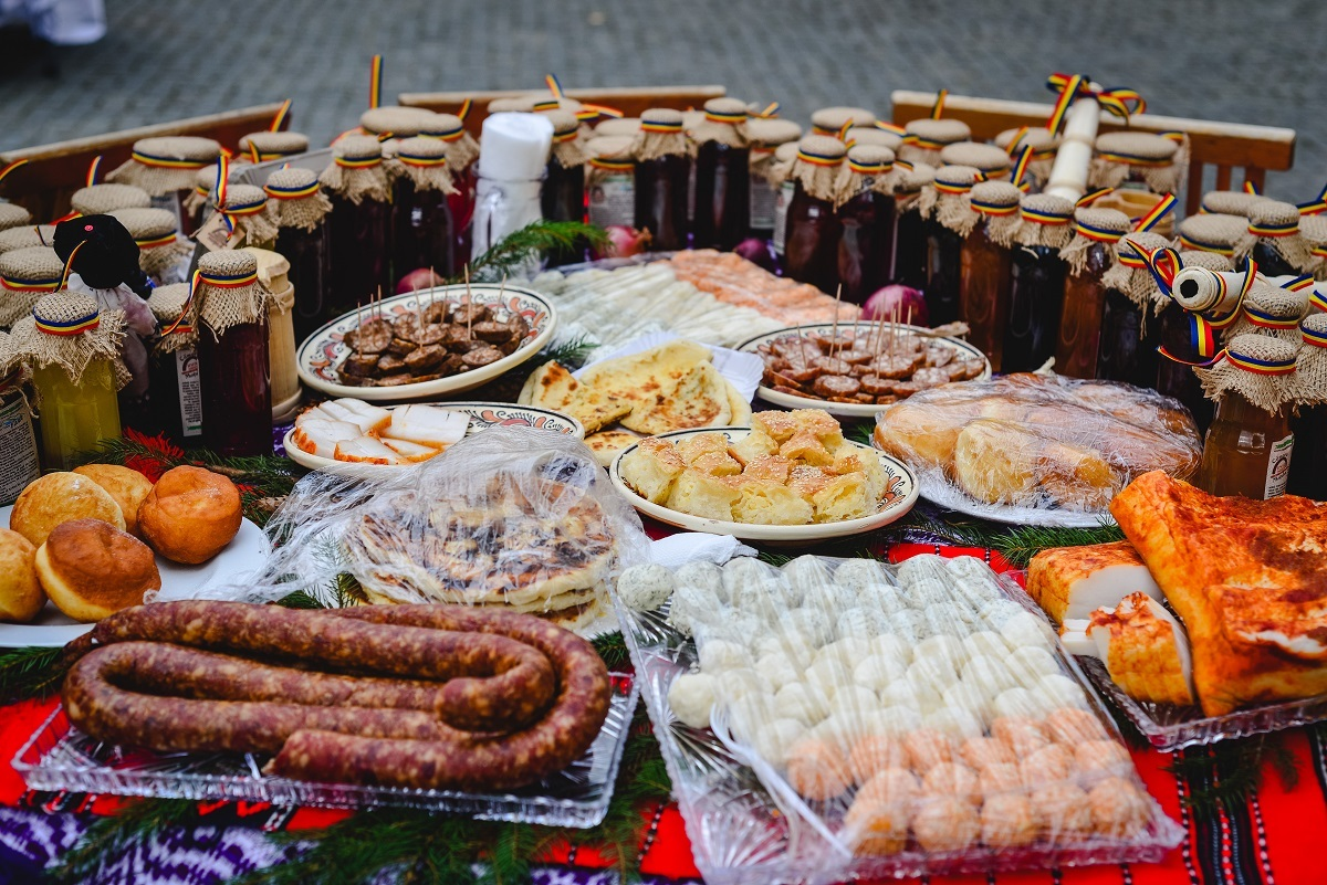 Gastronomia sibiană, la Târgul de Turism al României