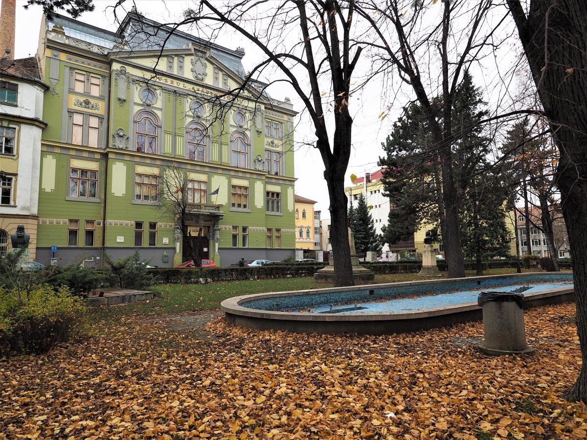 Biblioteca ASTRA informează: 22 noiembrie, repere în timp