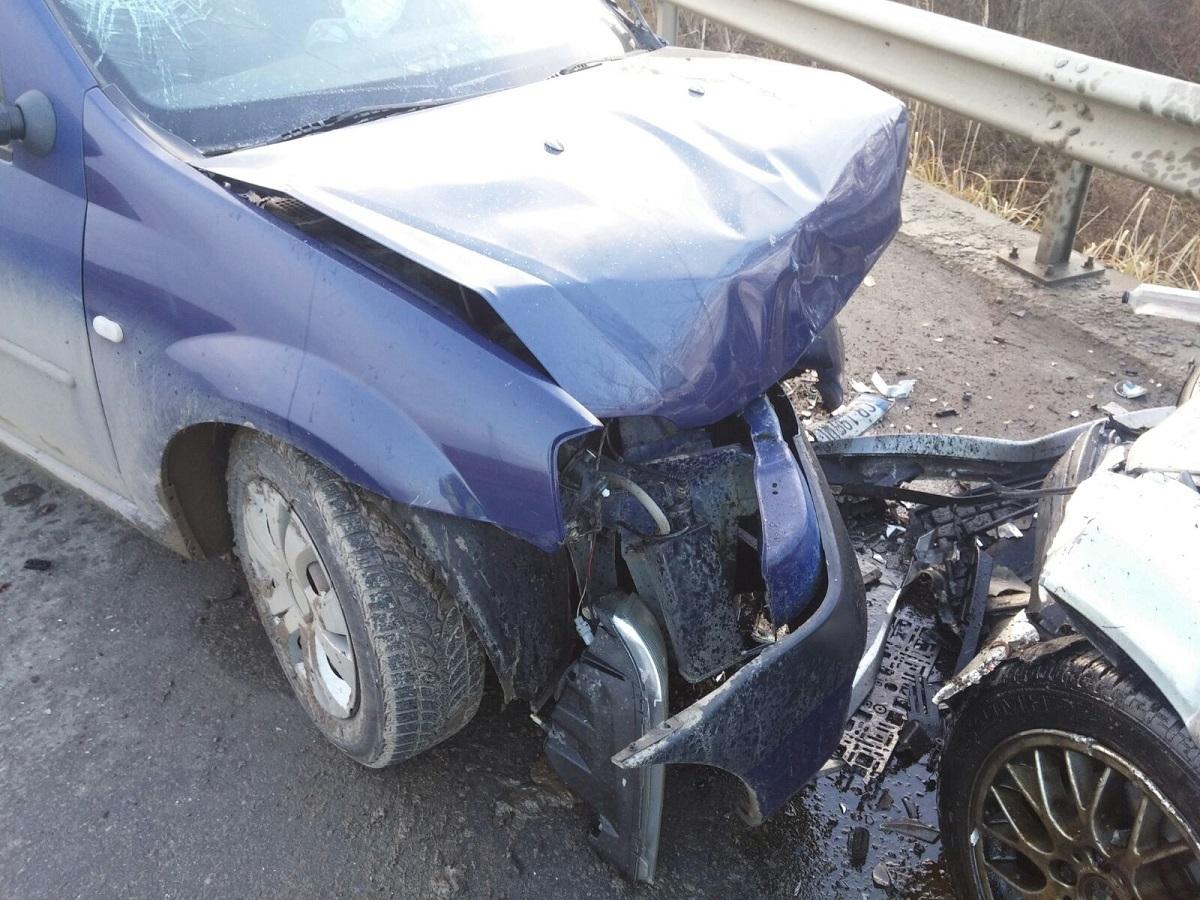 FOTO: Patru copii și doi adulți, răniți în accident în Dealul Dăii
