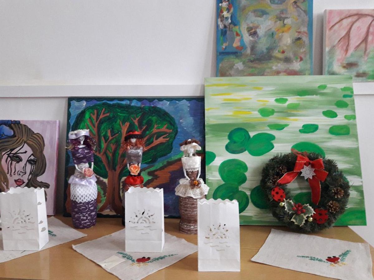 """""""Speranță prin artă"""", expoziție a pacienților Spitalului de Psihiatrie """"Dr.Gheorghe Preda"""