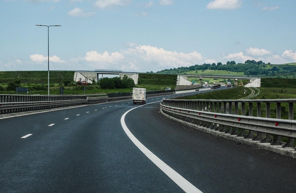 Autostrada Sibiu- Pitești se zbate între evaluări și proiectări. Execuția mai așteaptă
