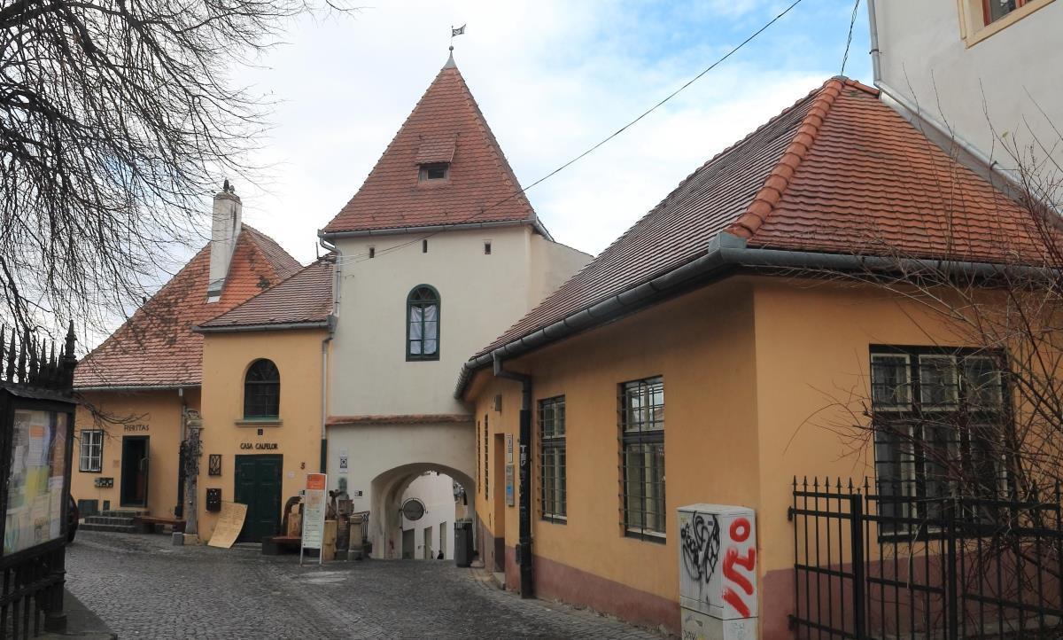 FOTO: Pe urmele primei centuri de fortificaţii a Sibiului (II)