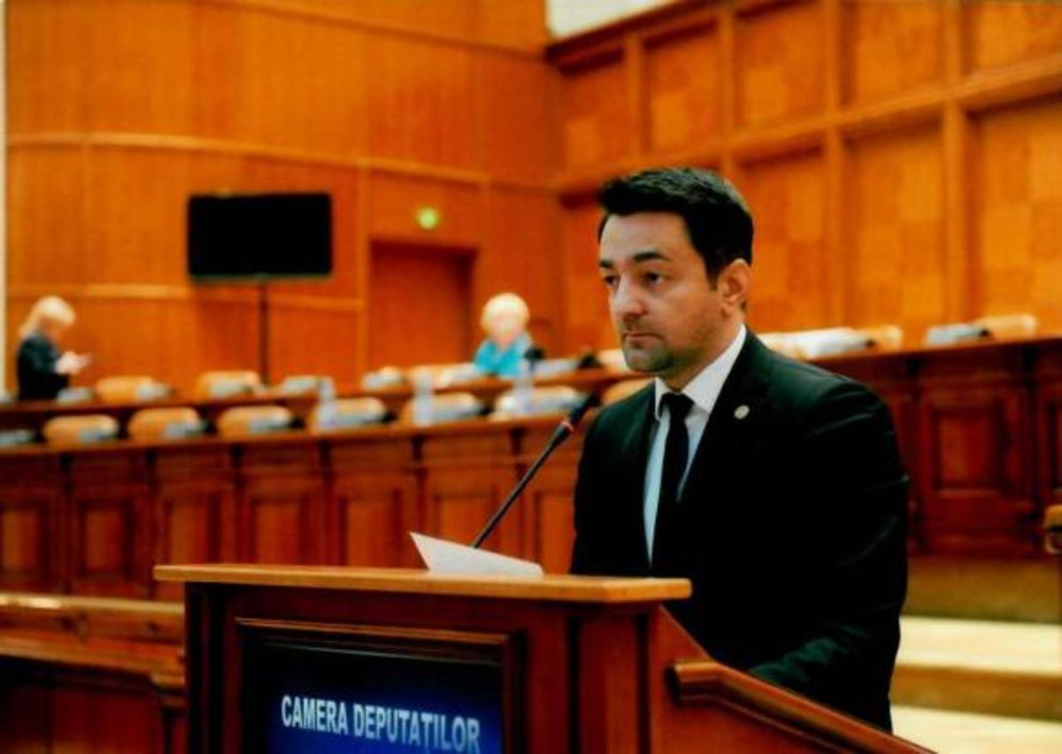 Ca să scoată UDMR din Parlament, un deputat PSD cere ajutorul lui Iohannis!