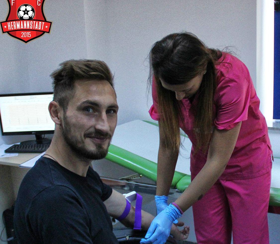 Fotbaliștii de la FC Hermannstadt au trecut cu bine vizita medicală