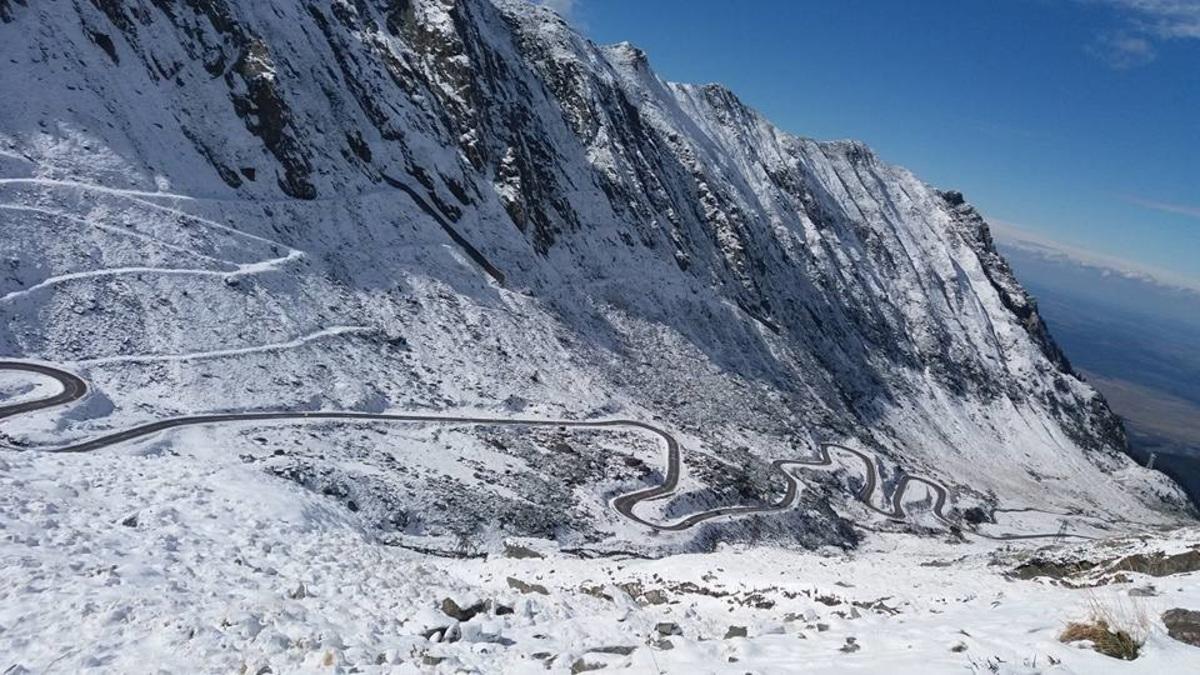 Risc mare de producere a avalanșelor în Munții Făgăraș