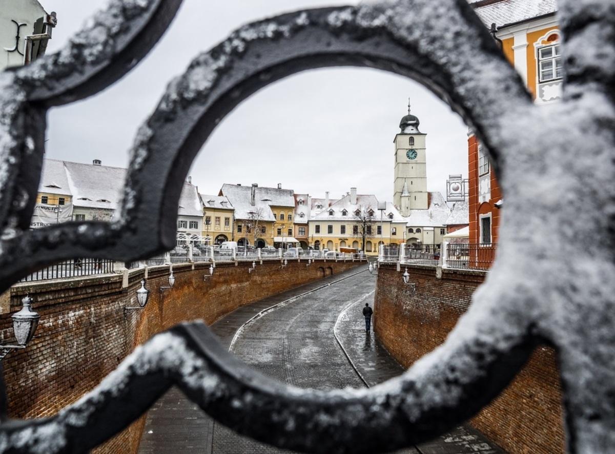 Iarna nu se dă bătută. Zile friguroase și nopți geroase, la Sibiu