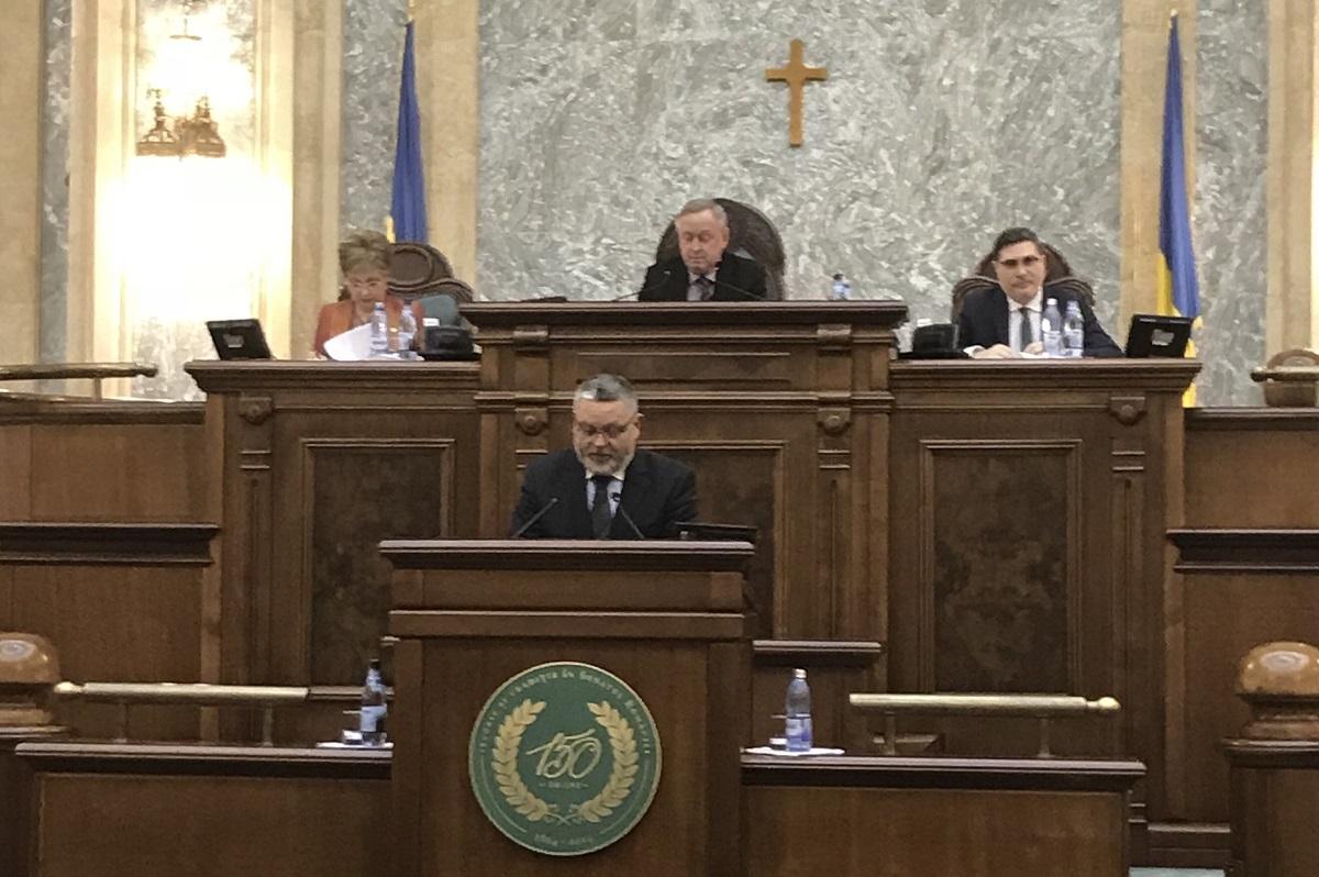 """Senatorul Mircea Cazan: """"Anul 2017 - un an pierdut pentru România"""""""