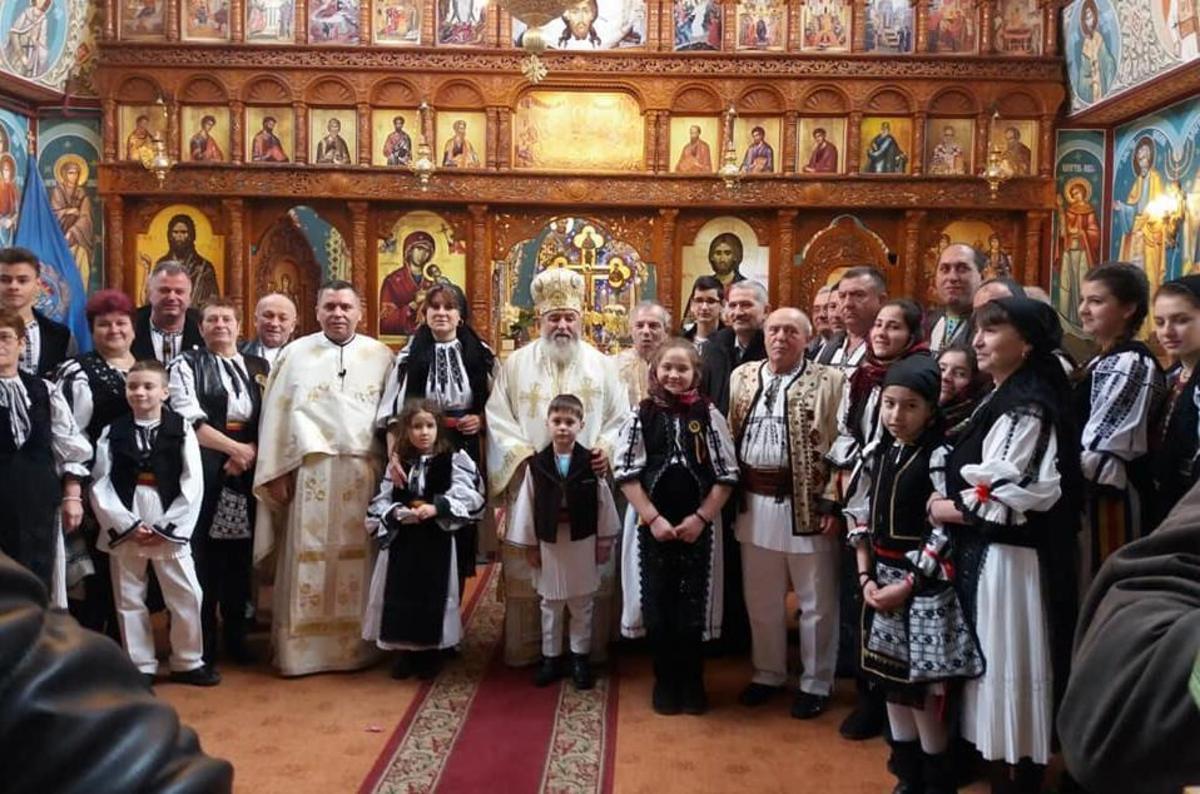 P.S. Ilarion Făgărăşanul a oficiat Liturghia Arhierească pentru credincioşii Parohiei Tălmaciu II